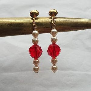 Red Crystal Pearl Earrings